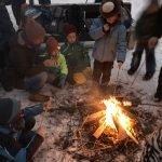 Anakondas machen ein Lagerfeuer am Silbersee